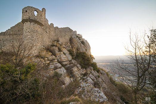 Tour des remparts de Crussol