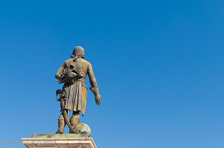 Statue de Championnet