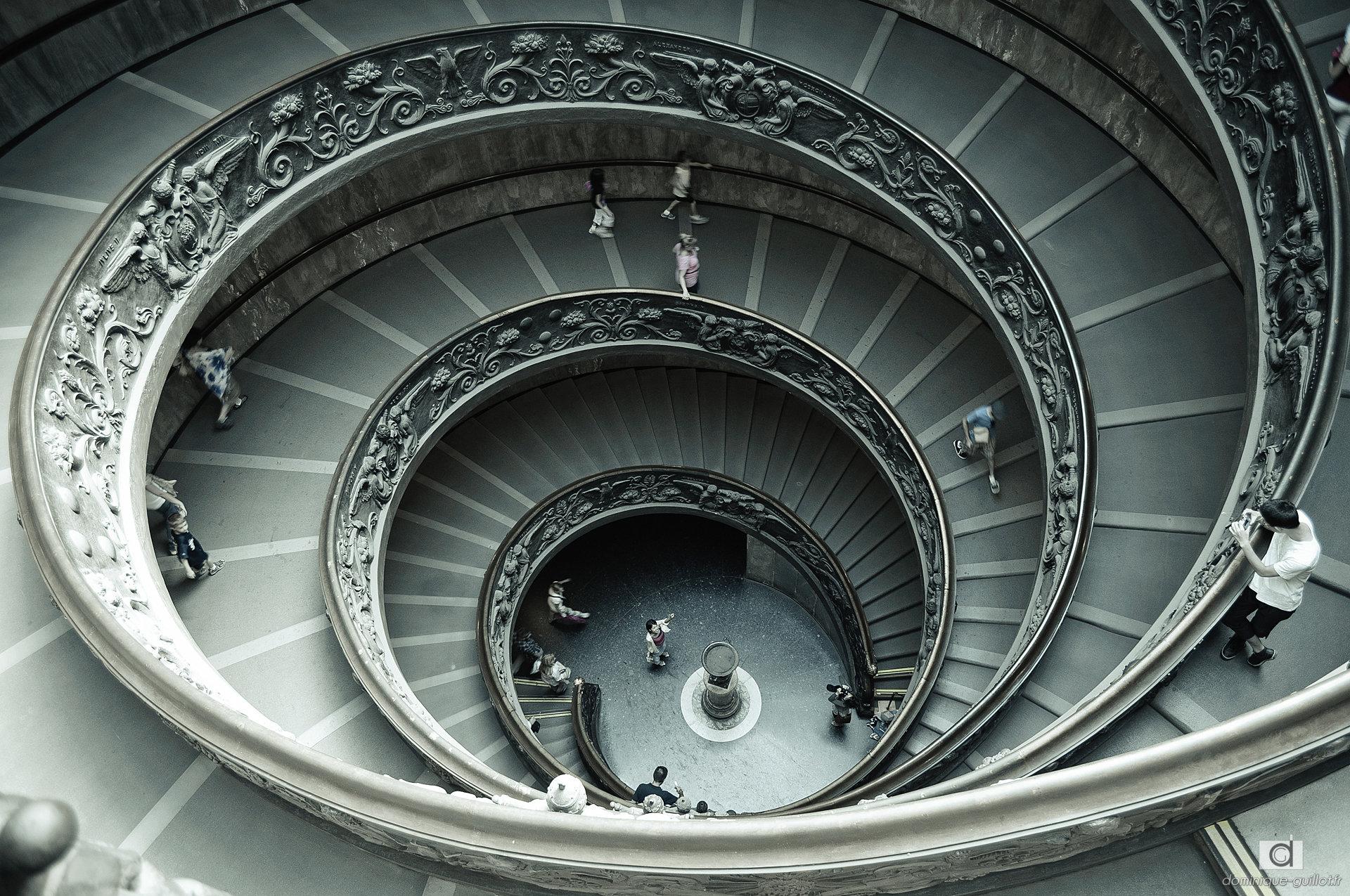 dominique guillot photos escalier du mus e du vatican. Black Bedroom Furniture Sets. Home Design Ideas