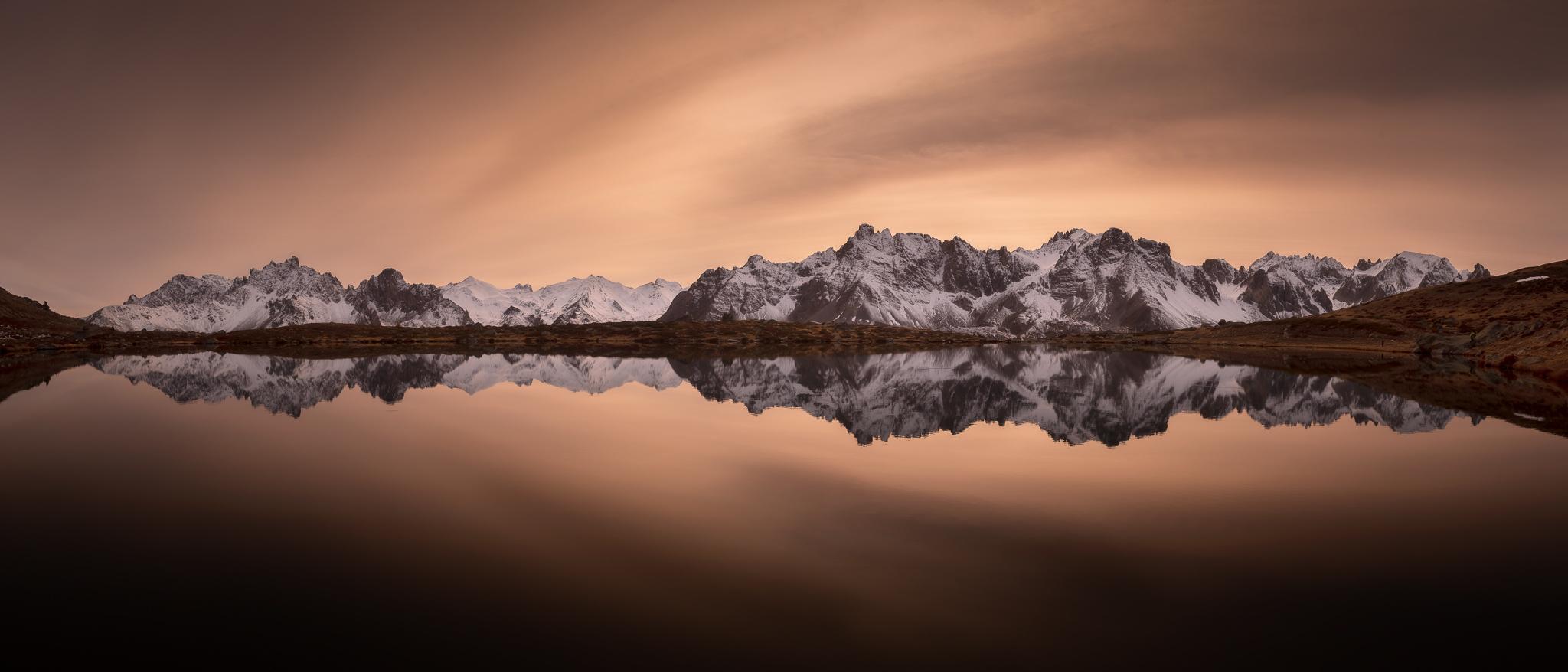 Miroir sur le lac Laramon